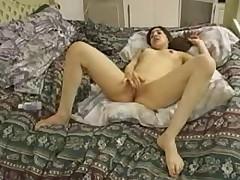 Grjaznye i moloden'kie debjutantki v porno