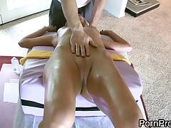 Obuchenie jeroticheskomu massazhu