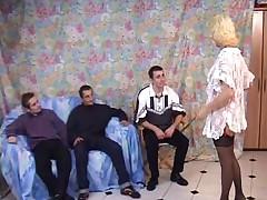 Французское порно втроем в анал