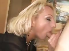Анал для сочной блондинки