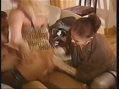 Francuzskaja babulja v hardkor scene