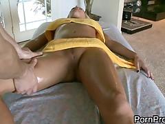 Ljubitel'skij porno massazh