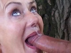 Babushka otkryta dlja seksa