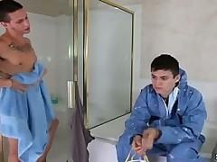 Два рабочих гея решили потрахаться