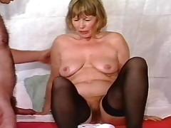 Немка бабуля Анна Berger любит горячий секс