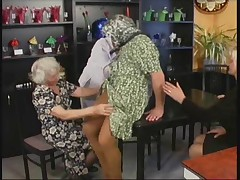Немецкое порно со старой бабушкой