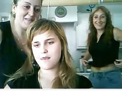 Ispanskaja  veb-kamera i  devochkina zadnica