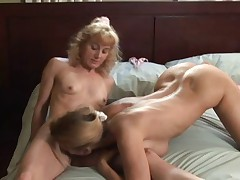 Otlichnyj lesbijskij seks massazh