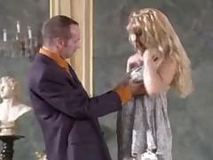 Francuzskoe porno porazhaet svoej  zhestkost'ju
