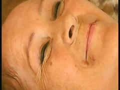 Babushku trahnuli posle massazha