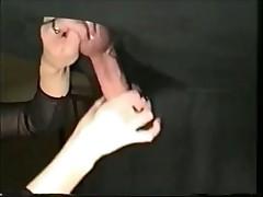 Подборка - девушки дрочат парням прямо и через дырку