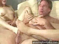 Женские ноги дрочат его член