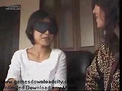 Японские лесбиянки с молочным ароматом кормящих грудью дам