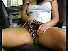 Подруга мастурбирует для вас в поезде. Часть 1