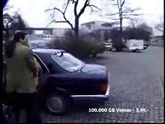 Безумный секс в машине