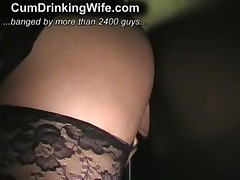 Любительское порно - жена чавкает спермой Gloryhole