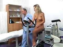 Интересный прием у гинеколога