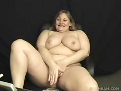 Snachala masturbirovala potom zakurila