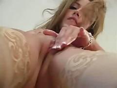 Сексуальная молоденькая нимфа