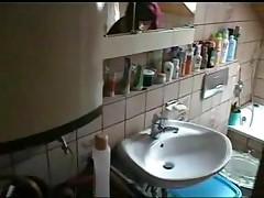 Оттрахал жену в ванной комнате