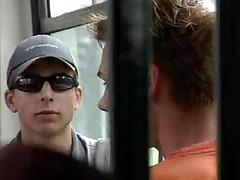 Seks v avtobuse