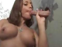 Оральный секс со шлюшкой с большими сиськами