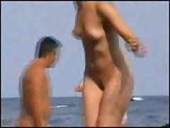 Horosho byt' nudistom