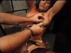 Ее киска наказана