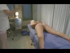 Medsestra Nastja nakazyvaet svoju pacientku