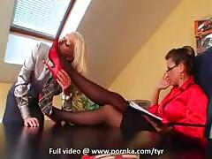 Босс получает свое секс наказание