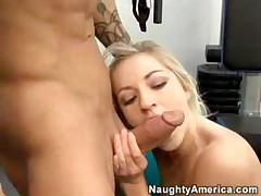 Секс в спортзале