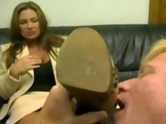 Женское доминирование со страпоном
