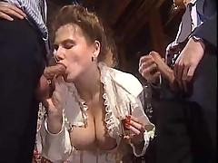 Невеста с дружками