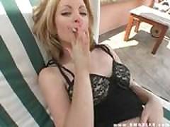 Секс с курящими девушками