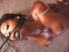 Seks  chernokozhej s bondazhom