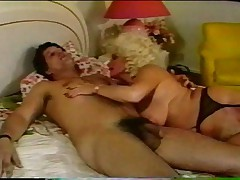 Зрелая старушка хочет секса