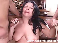 Зрелая итальянская толстушка