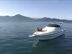 Секс на яхте