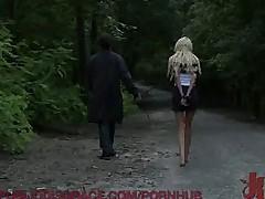Голая в парке, потом он ее оттрахал