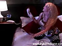 Ital'janskaja seksi blondinka