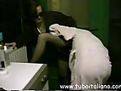 Ital'janka izmenjaet na pornokastinge