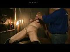 Рабыня получает грубую тренировку