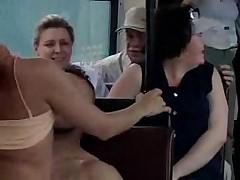 Трахнулись прямо при пассажирах