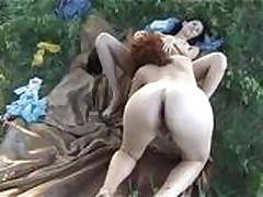 Dve lesbijanki na prirode soblaznili parnja