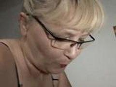 Zrelaja mamochka v nemeckom porno