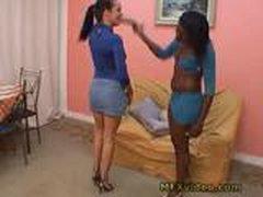 Dlinnonogie lesbijanki