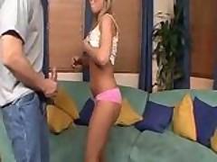 gimnastka blondinka pokazyvaet vse prelesti seksa 1104947012