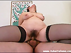 Толстушка итальянка с большими сиськами