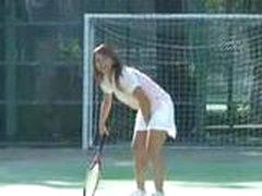 Секс в такси, на теннисном корте…