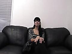 Секс в офисе с карликом